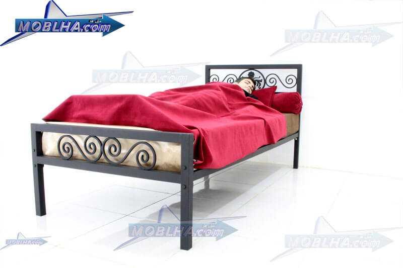 خواب بر روی تختخواب کد 144