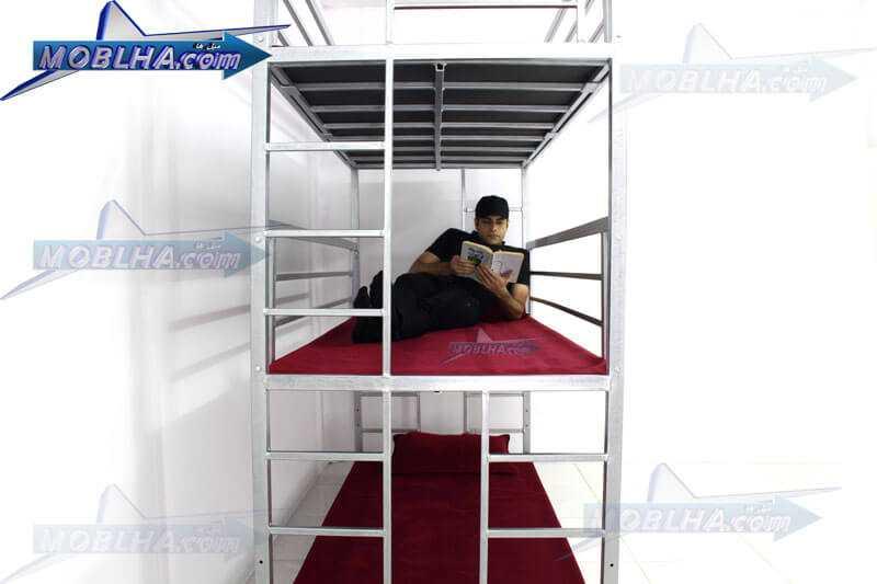 نمای داخلی تخت خواب سه طبقه