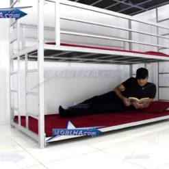 شخصی در طبقه اول تخت خواب سه طبقه کد 130 تایتان سیلور