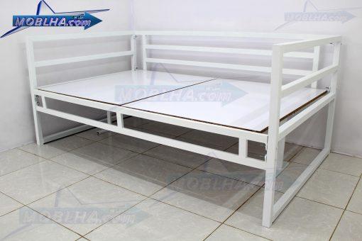 تخت سنتی کد 124 مناسب برای مصارف مختلف