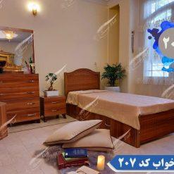 تخت خواب چوبی ساده