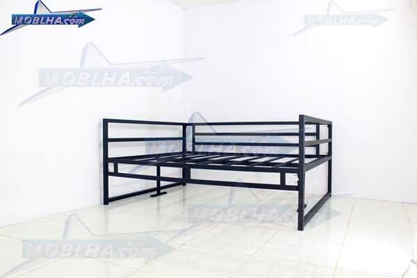 تخت سنتی فلزی مقاوم