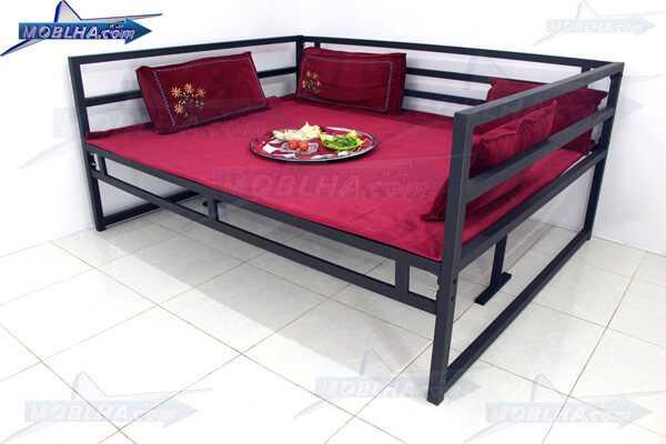 تخت سنتی چوبی و فلزی